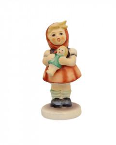 Статуэтка Goebel Девочка с куклой. Германия