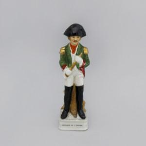 Статуэтка Офицер французской армии в зелёном камзоле. Германия