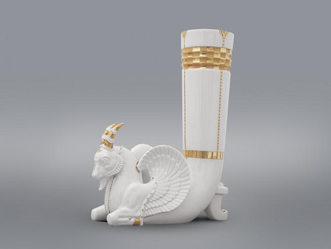 Скульптура ваза Ритон Козерог золотой ИФЗ