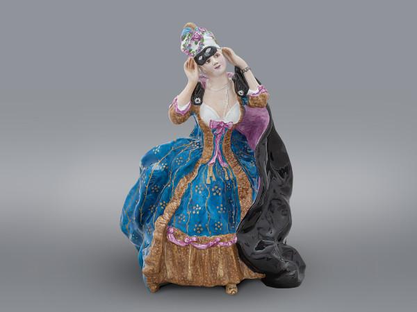 Статуэтка Дама с маской ЛФЗ