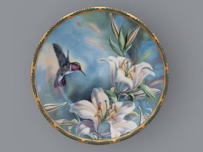 Тарелка декоративная Рубиновый колибри и лилии Pickard