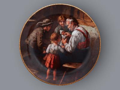 Тарелка декоративная Ремонт куклы Bareuther