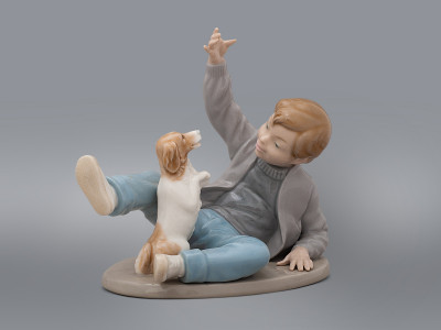 Статуэтка Мальчик с собакой Nao By Lladro