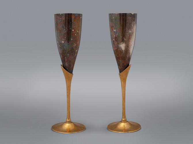 Пара бокалов для шампанского