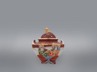 "Курильница для благовоний с крышкой «Кaннoн c бeccмертными"" Nippon"